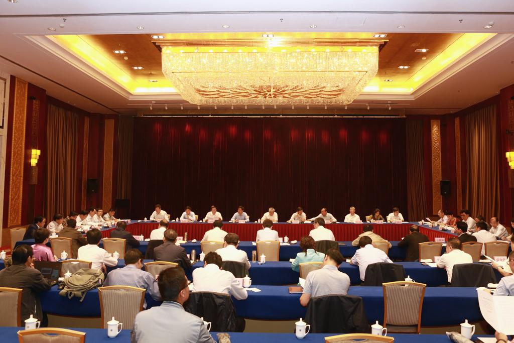 我省与科技部上海张江示范区举行三方座谈共商推动兰白科技创新改革试验区建设