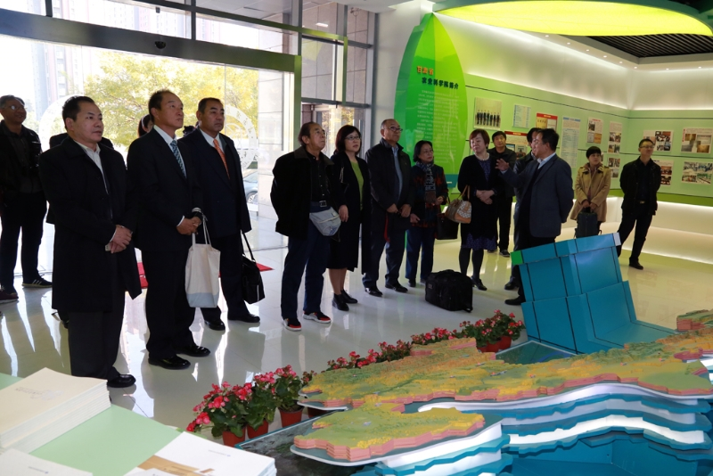 日本农业专家团在甘肃开展技术交流洽谈